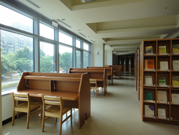 臺大數學系圖書室閱讀空間